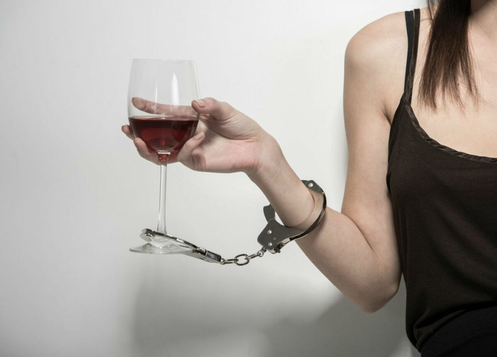 Вред от вина. Алкогольная зависимость