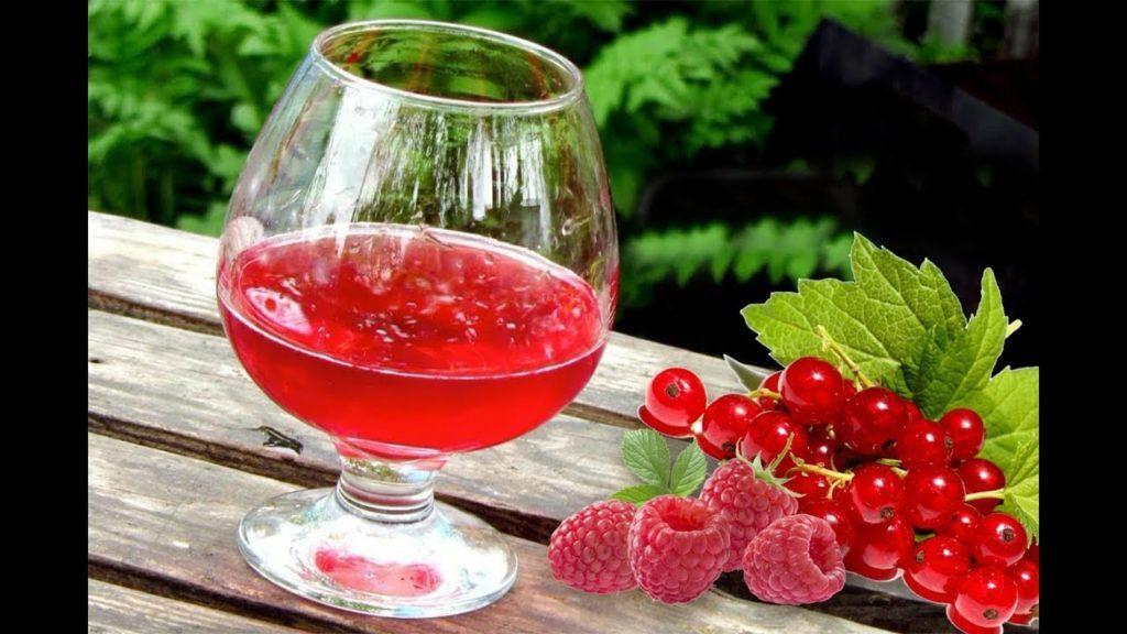 Малиновое вино с красной смородиной