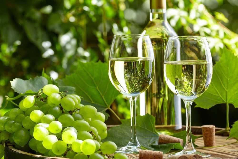 Фото белого вина. Ледяное вино своими руками рецепт